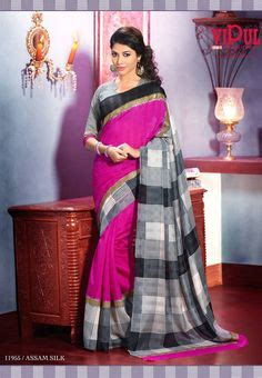 Dewi Blouse Grey T3009 2 pink floral print saree with contrasting border pallu
