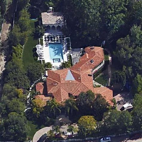 bruce jenner house the kardashian jenner house in hidden hills ca google maps