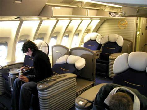 class flights offer lufthansa class flights