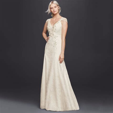 Affordable Dresses For Weddings by 16 Best Cheap Wedding Dresses That Look Expensive