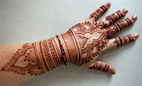 how to remove henna tattoo on hand amazing henna on