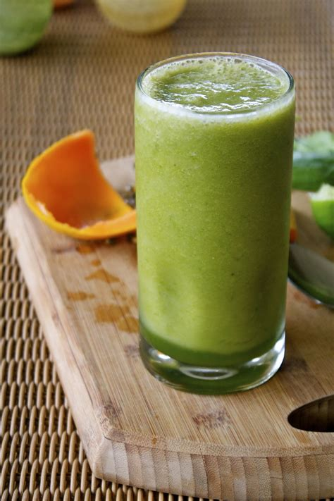 Coconut Water And Spinach Detox by Refreshing Papaya Spinach Smoothie Strawberry Papaya