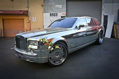 rolls royce chrome customization chrome wrapped rolls royce