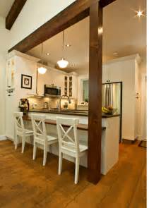 Traditional Kitchens With Islands - a kitchen peninsula is a great addition to an open kitchen and dining combo