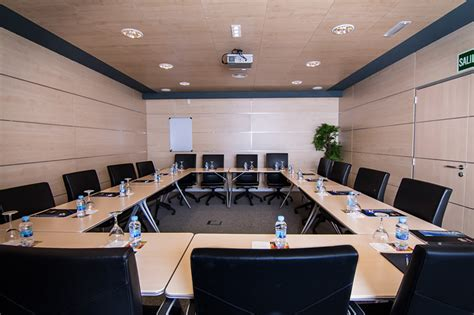 salas de reuniones madrid beneficios de alquilar una sala de reuniones blog melior