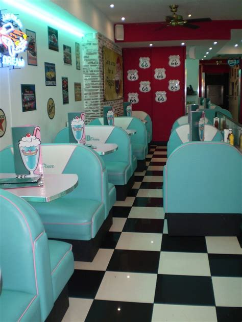 American Diner Decorations by Best 25 Retro Cafe Ideas On Retro Diner