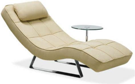 boconcept chaise le indoor chaise lounge en beige archzine fr
