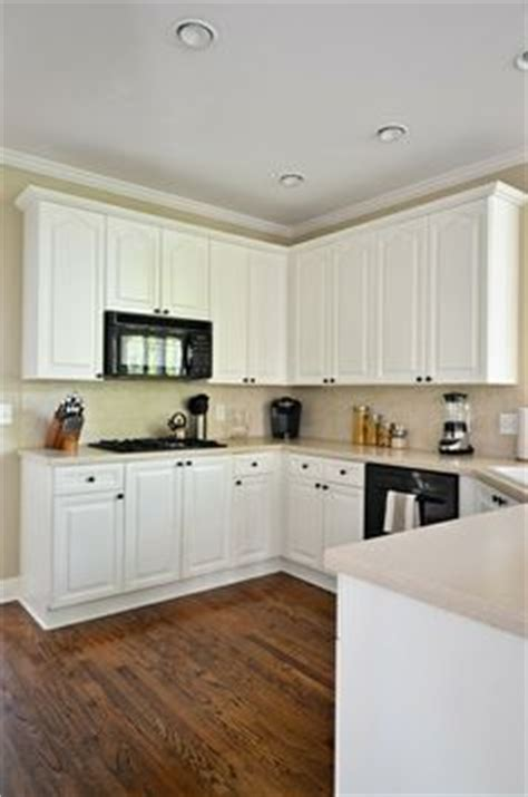 Off White Kitchen Cabinets On Pinterest Granite White Dove Kitchen Cabinets
