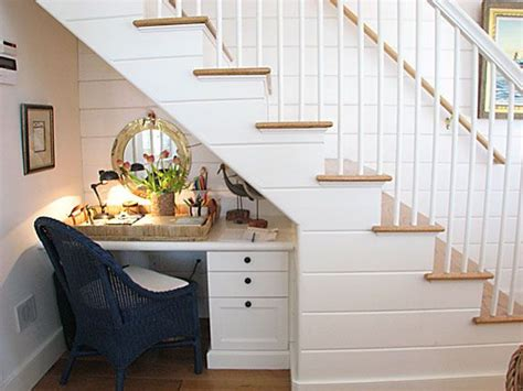 39 best images about desk under staircase on pinterest 25 best ideas about small space stairs on pinterest
