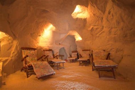 Salt Room Benefits by Spa Salt Room On Himalayan Salt Salts And Spas