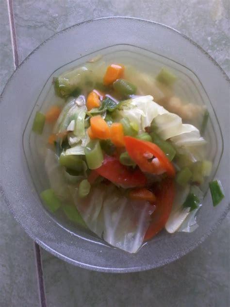 Lu Belajar Merah Putih new spirit sayur sop dengan kaldu ayam