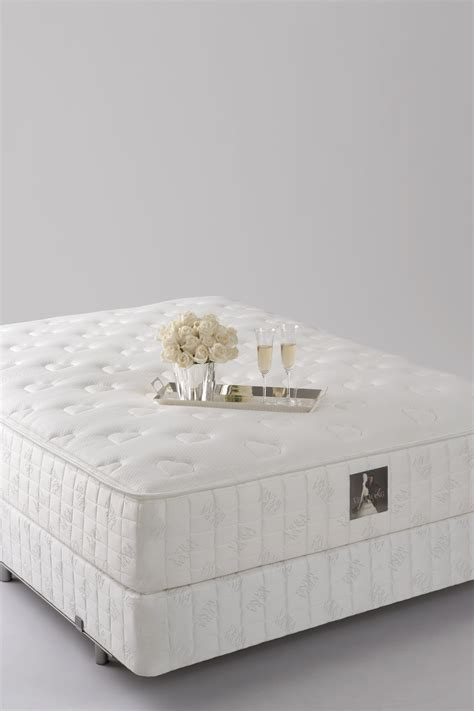 Vera Wang King Mattress by Serta Mattress Hotel Collection Unveils Bed