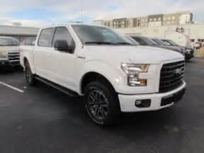 Ford F150 Crew Cab 1ftew1ef5hfb09571 2017 Ford F150 Xlt 210 White