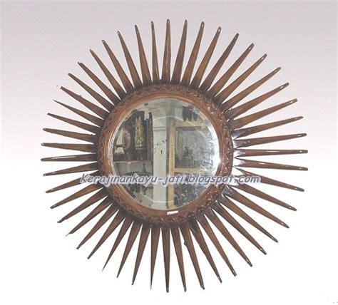 Jual Cermin Hias Malang jual cermin hias kayu jati kerajinan kayu jati
