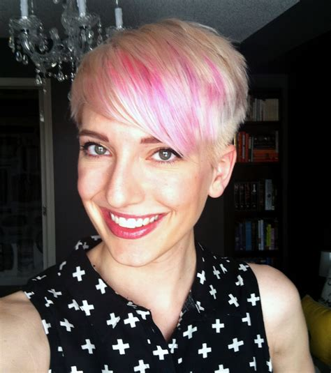platinum pixi cut with brown highlights my new do platinum blush pixie haircut with pink