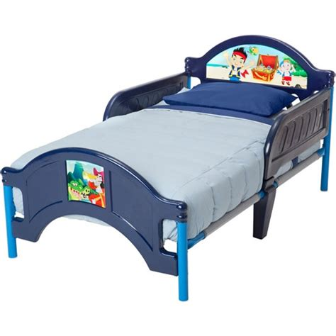 jake and the neverland pirates toddler bed disney jake and the never land pirates toddler bed