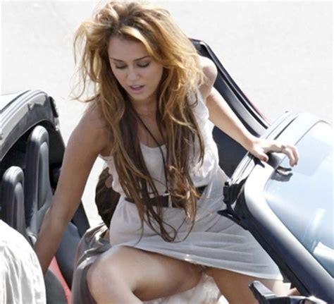 Pics Miley Cyrus Upskirt No Panties Picture