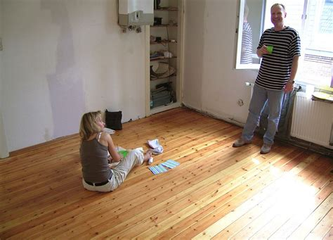 dielenboden aufarbeiten kiefer kommode aufarbeiten massivholz tv lowboard m bel