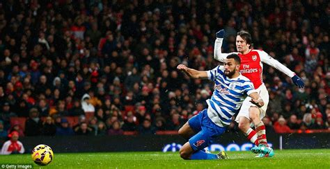 alexis sanchez vs qpr arsenal 2 1 qpr alexis sanchez and tomas rosicky goals
