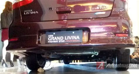 Dudukan Spion Grand Livina impression review nissan grand livina autech 2014