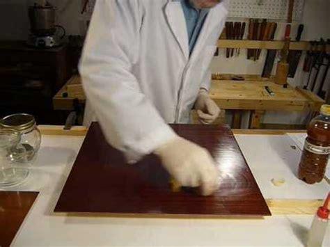 ceralacca per mobili come si esegue la verniciatura con gommalacca a tone