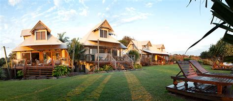 the house byron bay bluewater on the belongil accommodation