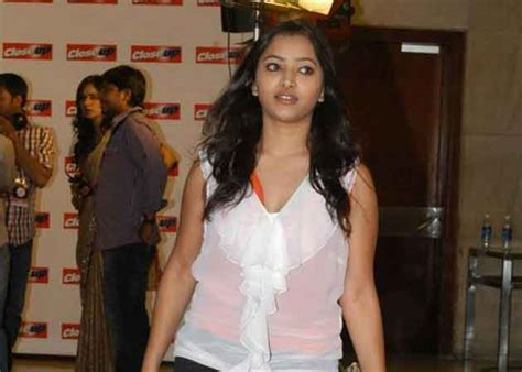 biography of movie ghar ghar ki kahani shweta basu prasad full wiki details dob kahani ghar