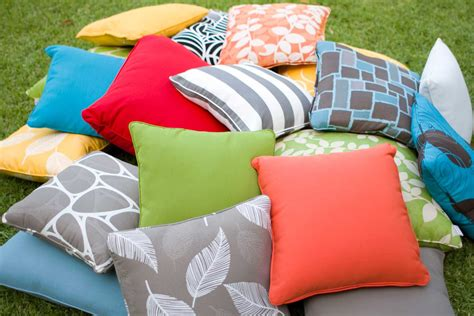 How To Make Cushions by How To Make Your Own Cushions The Black Snapper