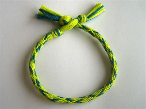 how to make bracelets with how to make friendship bracelets in 7 easy steps