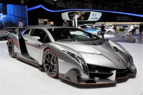 Lamborghini Veneno Vs Bugatti Lamborghini Veneno Vs 280 Mph Bugatti Veyron