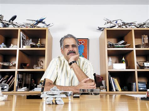 Rahul Baxter Booth Executive Mba by Aviation S High Flying Billionaires Forbes India