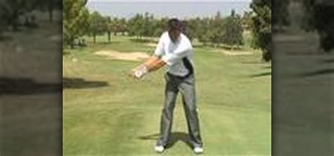 swinging golf club how to swing a golf club like tiger woods 171 golf
