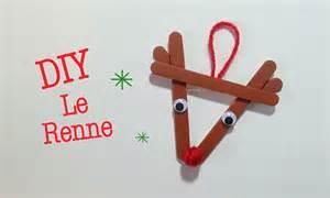 Christmas Tree Out Of Ornaments - diy d 233 co noel renne avec b 226 ton de bois youtube