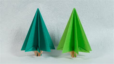 Origami Chrismas - easy paper tree origami tree tutorial henry