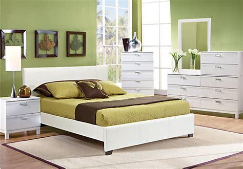rooms to go bedroom sets queen gardenia white 5 pc queen upholstered bedroom bedroom