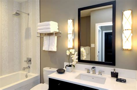 Cottage Style Bathroom Lighting by Cottage Style Bathroom Lighting Bathroom Traditional With