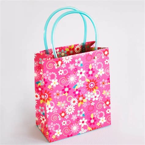 Paper Gift Bags - gift bag 28 images themed gift bags giftbagshop co uk