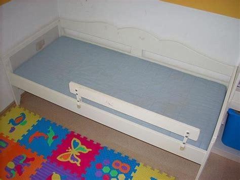 ikea hensvik bett ikea juniorbett hensvik lattenrost matratze fallschutz