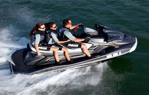 big bear boat rental deals big bear jet ski and waverunner rentals holloways marina