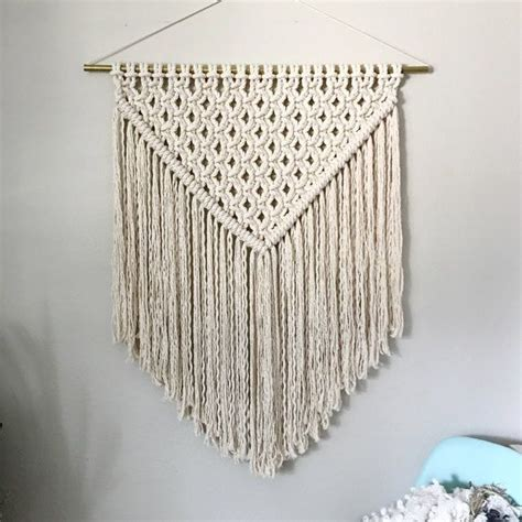 Free Macrame Wall Hanging Patterns - 25 best ideas about free macrame patterns on