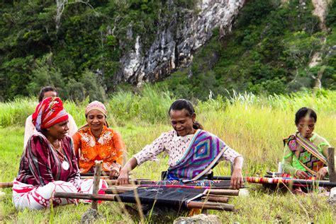 film dokumenter alam indonesia nanang sujana suarakan rintihan alam lewat film i love life