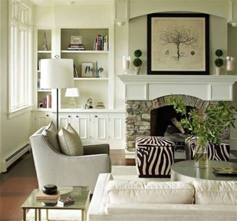 Decorating Small Livingrooms by Decorating A Small Apartment Living Room Interior Design