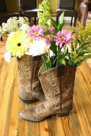 ideas de centros de mesa vaqueros 17 mejores ideas sobre centros de mesa botas de vaquero en
