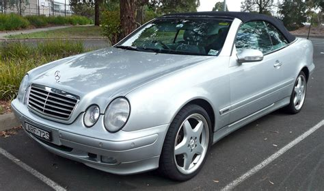 convertible mercedes 2000 mercedes benz clk 320 cabriolet photos and comments www