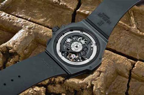 Hublot King Power Unico Black Swiss Eta 11 power play reviewing the hublot king power unico all black swiss watches buying guide uk