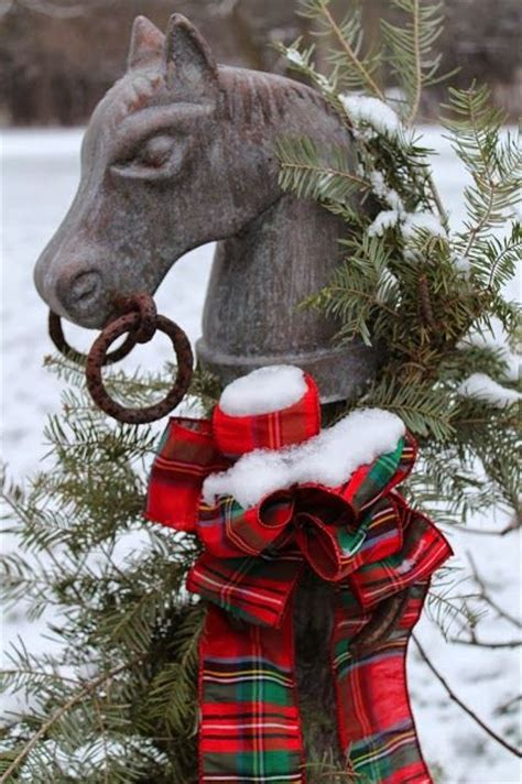christmas decorating with horses home decor equestrian style country chic an equestrian equestrian