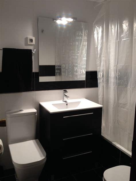 imagenes baños blanco y negro banos en color blanco y negro diseno casa