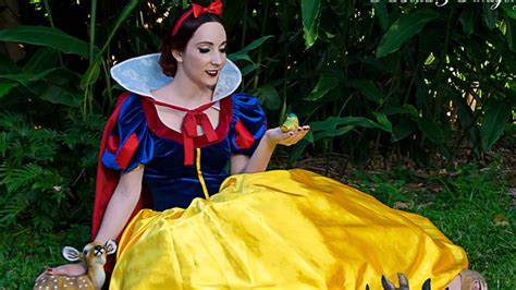 samantha snow white on vimeo belle snow white on vimeo