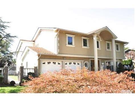 houses for sale in manhasset manhasset hills ny real estate homes for sale in manhasset hills new york weichert com