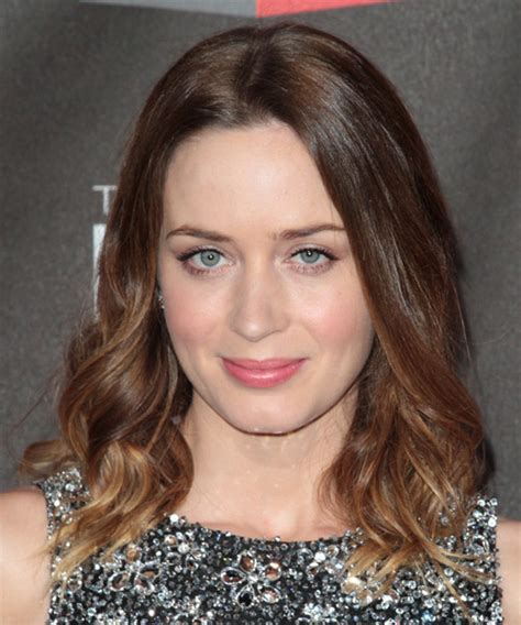 wavy blunt medium emily blunt medium wavy casual hairstyle medium brunette